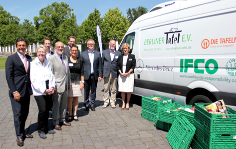 WORLDWIDE RESPONSIBILITY supports food banks by co-sponsoring a refrigerated van and the donation of RPCs at the Tafel Federal Congress